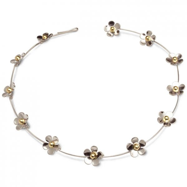 Daisy chain necklace in silver and gold