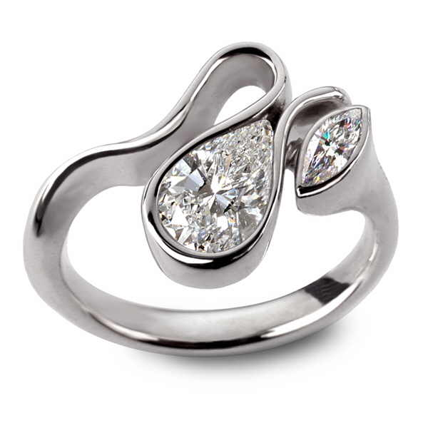 Calypso white gold and diamond pear ring