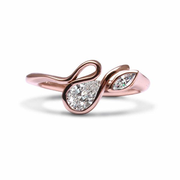 Rose gold calypso ring
